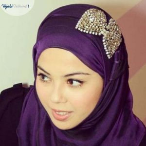 Hijabs decorated with bows