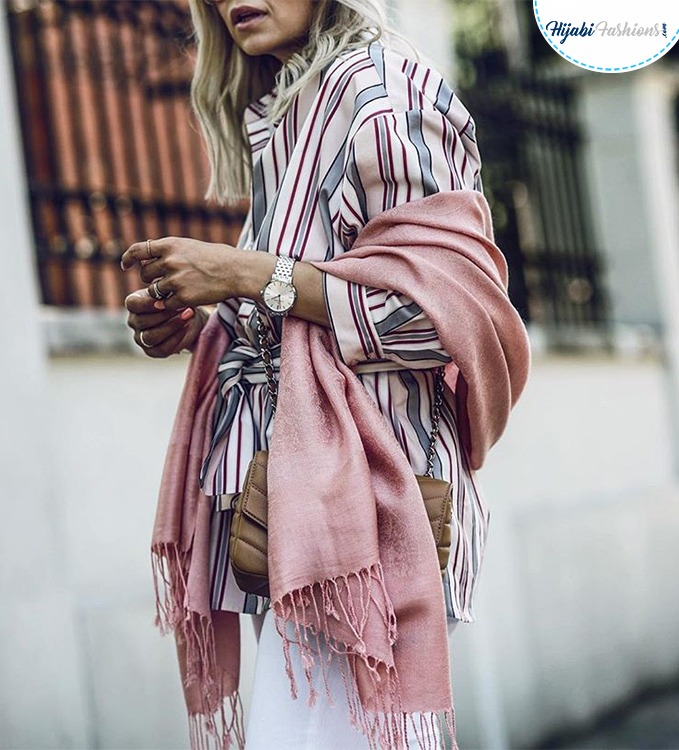 Long shawl with sleeves