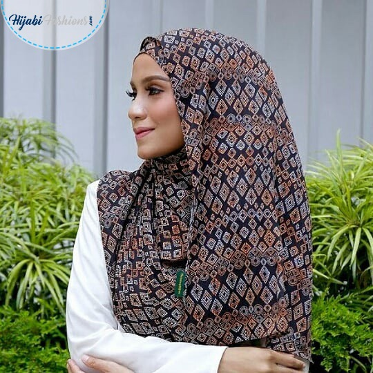 Wrap Shawl With Sleeves